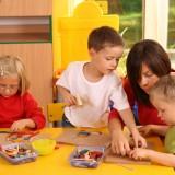 Ważne, by sześciolatek umiał skupić swoją uwagę na powierzonym zadaniu, w określonym przez dorosłego czasie.