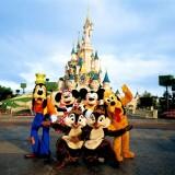 W studiu filmowym Disneya, gdzie mieszkają ukochane przez dzieci postaci z kreskówek, można wręcz rzucić się w objęcia Myszki Miki.