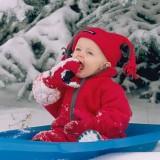 Ubiór powinien być dostosowany do aktywności dziecka, by nie dopuścić do przegrzania ani do zmarznięcia.