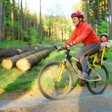Fotelik rowerowy powinien być dobrej firmy i posiadać odpowiednie atesty