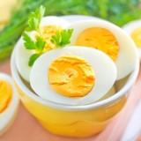 Połowa żółtka - tyle może i powinien jeść ośmiomiesięczny niemowlak