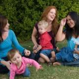 Każda młoda mama wchodzi w nową rolę społeczną, a żeby ją pełnić, musi mieć kompetencje, umiejętności i wiedzę