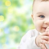 Całkowite wyeliminowanie ulewania przez niemowlę jest niemożliwe. Istnieją jednak sposoby pozwalające, na złagodzenie tej dolegliwości.
