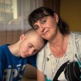 O tym, jak ważne jest takie psychologiczne wsparcie i pewność, że wokół są ludzie, na których można liczyć przekonała się mama Kamila Lemańskiego, który zachorował na białaczkę.