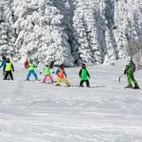 Już trzy, czterolatki mogą nauczyć się jazdy na nartach!