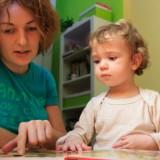 Jeszcze zanim dziecko rozpocznie naukę czytania i pisania, można zauważyć symptomy dysleksji.