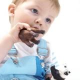 Trzeba mieć pewność, że materiał z którego zrobiona jest zabawka, nie ma toksycznych domieszek lub barwników.