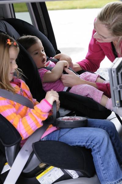 Wybierając samochód zwróć uwagę czy wyposażony jest w zaczepy isofix.