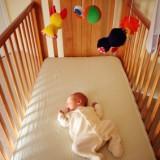 Dobry materacyk na ogół wystarcza dziecku aż do wyrośnięcia z łóżeczka, czyli na około 3 lata.