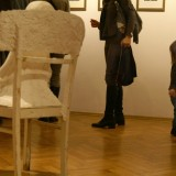 Zabierając dziecko do galerii przyzwyczaimy je do swobodnego obcowania ze sztuką.