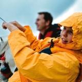 Do klubu sportowego z sekcją żeglarską można już zapisać dzieci w wieku 5–6 lat, a jedynym warunkiem jest umiejętność pływania.