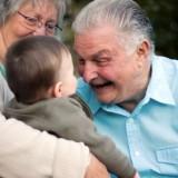 Dziadkowie muszą uznać, że decydujące zdanie w sprawie wychowania dzieci mają ich rodzice.