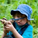 Dziecko musi wiedzieć, że zastrzelony człowiek nie ożyje, rana boli i nie goi się szybko, że wojna wiąże się z cierpieniem, bólem i ma destrukcyjny wpływ na późniejsze lata życia.
