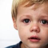 Im częściej dzieci są bite, tym wolniej rozwijają się ich zdolności umysłowe.