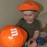 Jeden ze zwycięzców naszego konkursu 11 lipca 2010 roku chyba kibicuje Pomarańczowym...