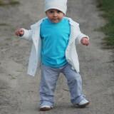 Pierwszy samodzielny spacer dwunastomiesięcznej Hani.