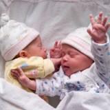 Na pierwszym miejscu w rankingu imion nadawanych w Polsce w 2011 r. są: Lena i Szymon.