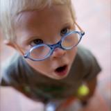 Dno oka sprawdza się m.in. dzieciom z zezem oraz tym, u których w rodzinie występował siatkówczak lub guzy oka.