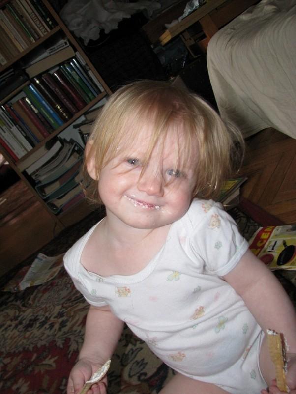 Zdjęcie zgłoszone na konkurs eBobas.pl Rózia i jej bezowy uśmiech :)