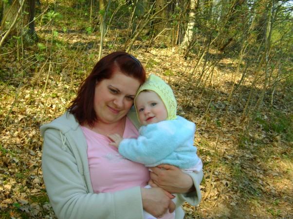 Wiosenny spacerek Mama z córcią