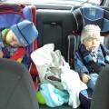Zmęczona dwójka Smerfików:)