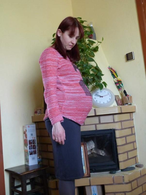 Foto robione w 33 tygodniu ciąży :) Oj rośniemy, rośniemy :)