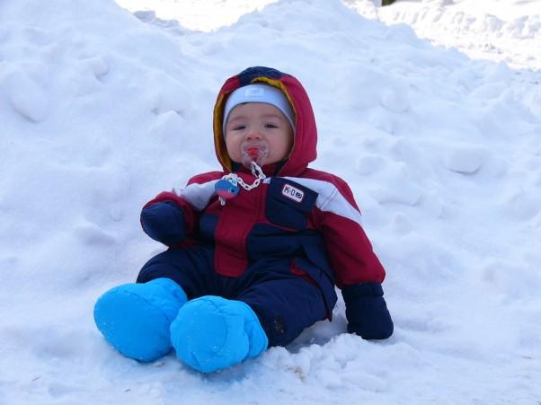 Siedzę sobie na  śniegu:) :)
