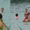 """Pati sam w wodzie - a nie jest na """"barana"""" u taty:)"""