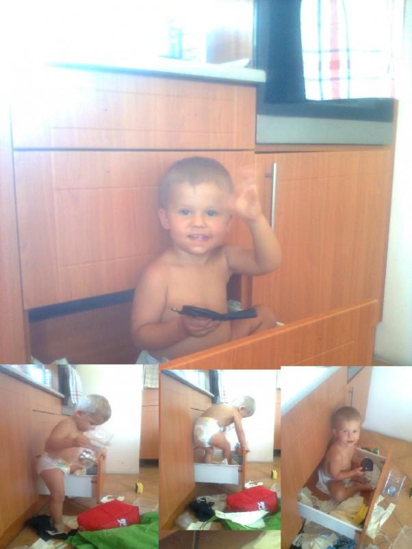 ja się bawię mama sprząta :) jasiu uwielbia szafki i szuflady a zwłaszcza w kuchni, bo właśnie tam są najciekawsze rzeczy. Z pewnością mój synek ( na zdjęciu nie całe 2 lata - ok. 20 m.) wyobraża sobie, że jest poszukiwaczem skarbów I niezwykłych przygód. Uwielbia takie zabawy - duży uśmiech mówi za siebie.