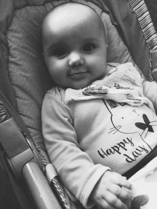Nasza szara uśmiechnięta rzeczywistość :) Martynka jest dzieckiem, które śmieje się bez przerwy. Za jej uśmiech oddałbym wszystko ;)