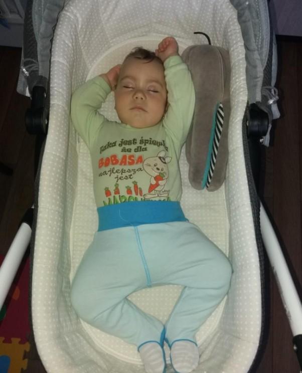 Szymek  Tak sobie słodko śpię